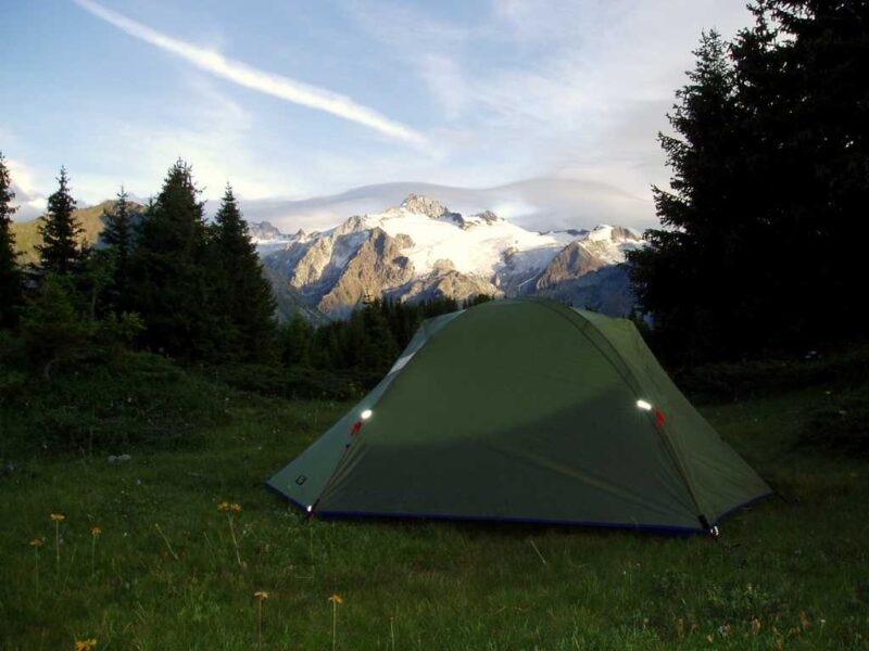 Dejlige campingpladser hos Fjellerup Strand